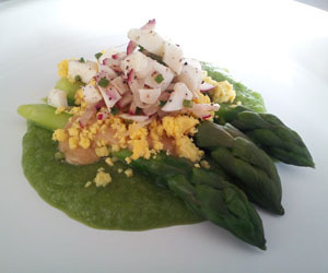 Chilled asparagus with dijon sauce and crumbled egg yolks