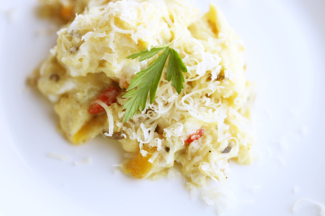 Scrambled eggs with piperade